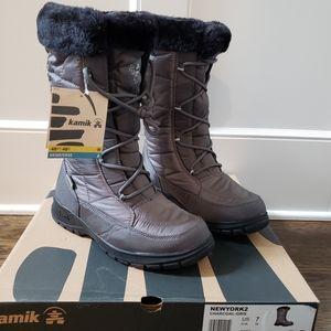 Kamik women's boots, grey